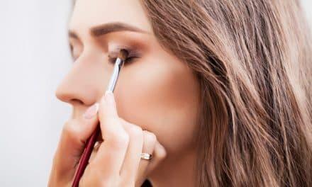 Fungsi Make-Up Bagi Wanita Bukan Melulu untuk Memikat Lawan Jenis