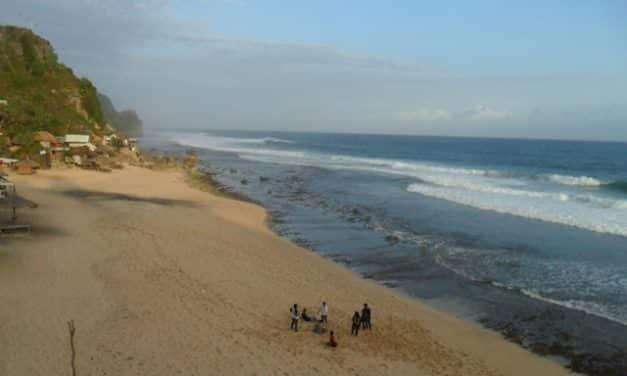 5 Pantai Alami di Gunungkidul